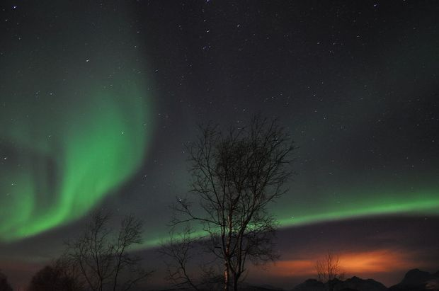 800px-Ss_aurora_lights