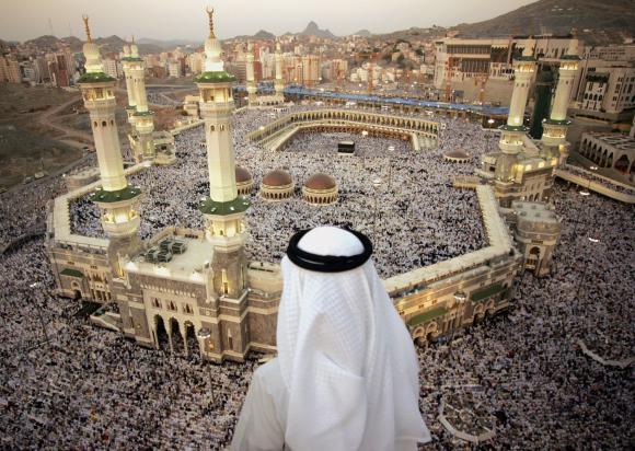 muslim-pilgrims-in-mecca-for-hajj