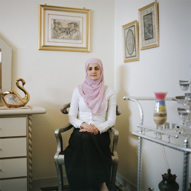 proper-muslim-woman